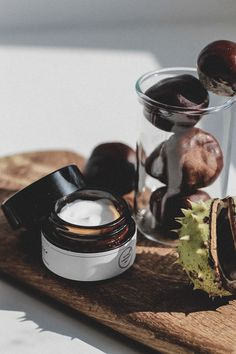 Natur cosmetics Juchheim-methode The Path To Hair Restoration Normal hair loss is a common occurrenc Still Photography, Beauty Photography, Food Photography, Product Photography, Normal Hair Loss, Coachella Makeup, Smashbox Cosmetics, Date Night Makeup, Skincare Blog