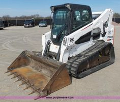 2013 Bobcat T750 skid steer | Item L3200 selling at Thursday April 21 Jim Kidwell Inventory Reduction Auction | Purple Wave, Inc.