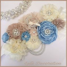 Your place to buy and sell all things handmade - Maternity sash corsage/ Mommy to be/ Baby shower corsage Distintivos Baby Shower, Baby Shower Balloons, Baby Shower Favors, Embroidery Sampler, Beaded Embroidery, Satin Ribbon Flowers, Fabric Flowers, Maternity Sash, Elephant Baby Showers