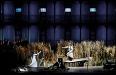 Lohengrin. La Scala. Scenic design by Christian Schmidt.