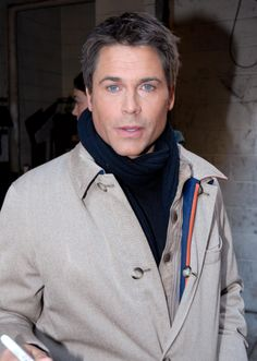 96 Best Zh Rob Lowe Images  Rob Lowe, Bass, Lowes