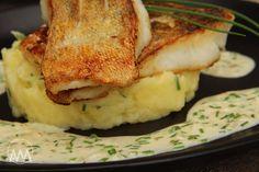 V kuchyni vždy otevřeno ...: Candát na másle s pažitkovou omáčkou Fish And Seafood, Mashed Potatoes, Cauliflower, Sushi, French Toast, Vegetables, Breakfast, Ethnic Recipes, Pisces