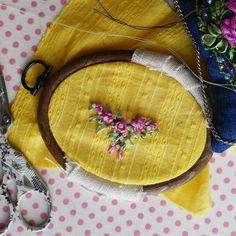 Silk ribbon embroidery for a new girl!  Вышивка шелковыми лентами для новой малышки. Как я соскучилась по ней.... Ribbon Embroidery, Embroidery Designs, Sunglasses Case, Coin Purse, Wallet, Purses, Handbags, Coin Purses, Handmade Purses