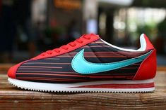 12fac1a50e0c 2015 Newest Nike Classic Cortez Women Running Shoes Red Black Women Cortez  For Sale