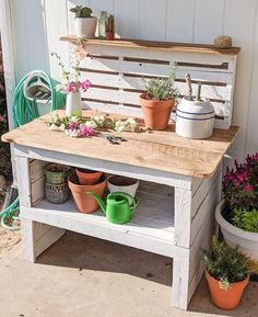 Farmhouse Style Pallet Potting Bench