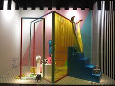 galeries lafayette retailstorewindows.com Lafayette Paris, Display Window, Visual Merchandising, Art Direction, Pop Up, Concept, Windows, Summer, Shoes