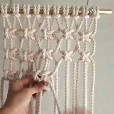 Learn how to make macrame decor easy and fast. Learn how to make macrame decor easy and fast. Macrame Design, Macrame Art, Macrame Projects, How To Do Macrame, Micro Macrame, Crochet Projects, Macrame Wall Hanging Patterns, Macrame Plant Hangers, Macrame Wall Hangings
