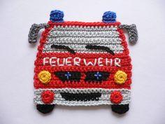 Feuerwehrauto von vorne - Häkelapplikation