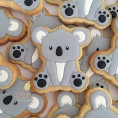 Thanks Lisa for the perfectly timed inspiration and Alex for making my custom cutter at very short notice. Getting by with a little help from my friends Bear Cookies, Iced Cookies, Cute Cookies, Cupcake Cookies, Cookie Frosting, Royal Icing Cookies, Sugar Cookie Recipie, Australian Party, Koala Tattoo
