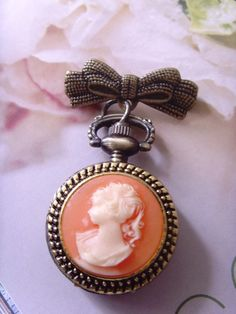 Cameo pendant broach I collect unique cameos and this one is so pretty!