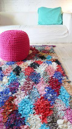 Vintage Moroccan Rag Rug - BOUCHEROUITE diamond pink