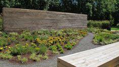 Beehaviour | Festival Internacional de Xardíns de Allariz | LINT landscape architecture wall feature landscape garden pattern