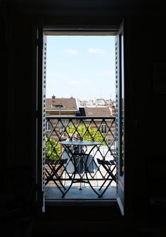 parisian apartment balcony in montmartre, paris Beautiful Paris, I Love Paris, Beautiful Images, Apartment Balconies, Paris Apartments, Paris Images, Parisian Apartment, Montmartre Paris, Paris Paris