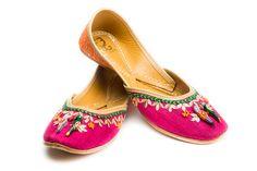 #FizzyGoblet #footwear #jutti #shopnow #happyshopping #perniaspopupshop