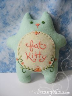 Something like this would be a cute catnip toy to make.