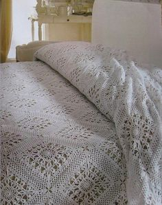 Crochet bedspread -- has diagram Crochet Bedspread Pattern, Crochet Quilt, Afghan Crochet Patterns, Crochet Home, Thread Crochet, Filet Crochet, Crochet Squares, Crochet Afghans, Manta Crochet