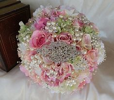 Vintage Pink & Pearl Brooch Bouquet | Custom shabby chic Bridal Brooch Bouquet Wedding – Glam Bouquet