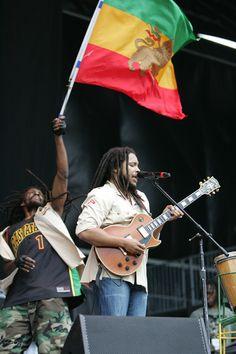 The Marleys - Stephen Marley Bob Marley, Marley Brothers, Rastafarian Culture, Stephen Marley, Marley Family, Reggae Artists, Robert Nesta, Nesta Marley, Caribbean Culture