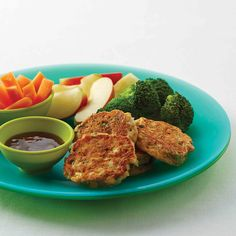Tuna and corn cakes - Cooking From The Heart Corn Cakes, Sweet Chilli Sauce, Broccoli Florets, Eat Smart, Frozen Peas, Cake Ingredients, Serving Size, Chutney, Tuna