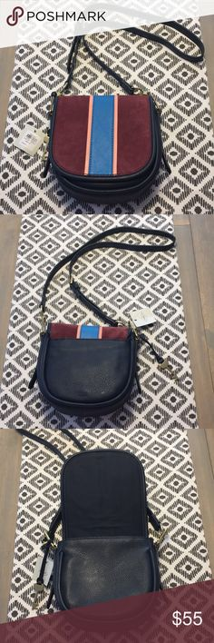 """👜 Fossil Rumi Crossbody small - NWT 👜 Stay flappy-happy with this Fossil® Cabernet Rumi, this carry-any-and-everywhere companion, boasts a round shape, spacious design and adjustable strap. Last picture to Show size only. Dimensions: 7.38""""L x 2.75""""W x 7.25""""H Fossil Bags Crossbody Bags"""