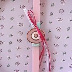 Αρωματική λαμπάδα! www.facebook.com/handmadecreationsbydora Easter Ideas, Facebook, Phone, Telephone, Mobile Phones