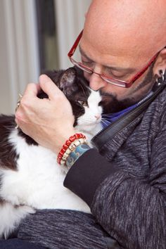 Jackson galaxy on pinterest cats cat behavior and cat trees for Jackson galaxy petsmart