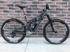 Trek Mountain Bike, Freeride Mountain Bike, Mountain Biking Women, Best Mountain Bikes, Blue Mountain, Mtb Enduro, Bike Mtb, Downhill Bike, Road Bike