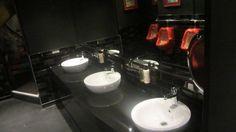 PLAQUETA LISA + METRO Project: SOHO BAR Realized by: FRASER LOCKLEY (Parkside) Location: LONDON, UK #CEVICA