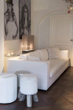 Paris lounger Interiors DMF