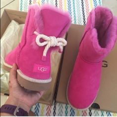 UGG Shoes - UGG authentic Selene rope bow boots Sz 8 new