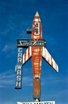 Old Chicago highway neon Super Sonic Car Wash, Billings, Montana, 1980 Old Neon Signs, Vintage Neon Signs, Vintage Logos, Old Signs, Vintage Advertisements, Advertising Signs, Roadside Signs, Roadside Attractions, Cyberpunk 2077
