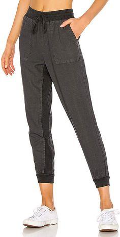 0924ad53fdd361 Juniors' Plus Size SO® Cropped Jogger Sweatpants | null | Jennifer ...
