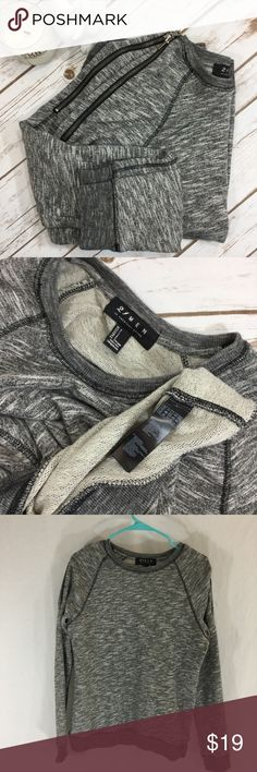 Forever 21 Men zip shoulder sweatshirt Zip shoulder F21 Men marbled knit sweatshirt size Small. 18 inches armpit to armpit 26 inches long Forever 21 Shirts Sweatshirts & Hoodies