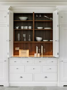 New Shaker Style Kitchen Preference Cabinet
