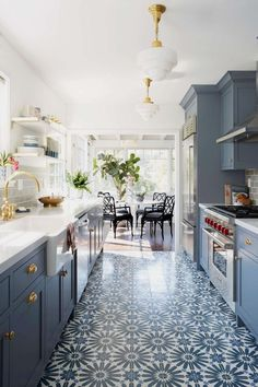 Modern Kitchen Cabinets - CLICK THE PIC for Various Kitchen Ideas. #kitchencabinets #kitchenorganization