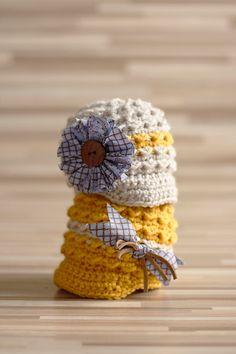 Crochet Baby Girl hat Beanie Newsboy/Newsgirl Hat in Linen and Mustard, Newborn, 3, 6, 9, 12 months, photo prop. $28.00, via Etsy.