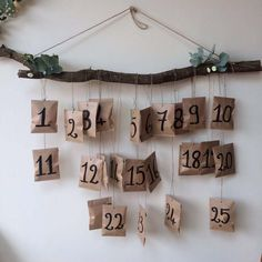 calendrier de l'avent kinfolk Noel Christmas, Christmas Crafts, Christmas Decorations, Homemade Xmas Gifts, Mistletoe And Wine, Winter Wonder, Dear Santa, Merry And Bright, Marie Claire