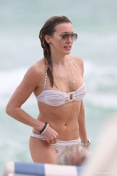 Pin for Later: Katie Cassidy Flaunts Tattoos and a Big Smile During a Sexy Trip to Miami