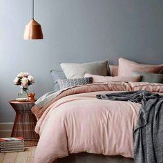 wandgestaltung schlafzimmer ideen grautöne rosa wandfarben wohnideen