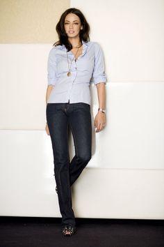 Andreea Raicu Tv Presenters, Romania, Prada, Celebrities, Fitness, Model, Photography, Beauty, Tops