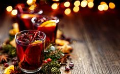 """Nutrisystem provides recipes for 5 delicious and booze-free """"mocktails"""" for the holidays. Fudge Recipes, New Recipes, Cooking Recipes, Ponche Navideno, Le Gin, Bubble, Healthy Dips, Mulled Wine, Drink"""