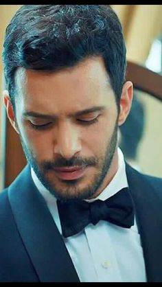 Turkish Men, Turkish Actors, Moustache, Luxury Couple, Elcin Sangu, Beard Styles For Men, Big Love, Barista, Bearded Men