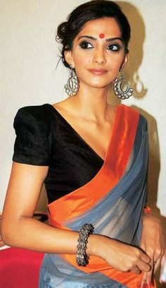 20 Awesome Pics of Sonam Kapoor in Saree - Beauty Epic Indian Look, Indian Ethnic Wear, Bollywood Celebrities, Bollywood Fashion, Bollywood Lehenga, Bollywood Style, Indian Dresses, Indian Outfits, Sonam Kapoor Saree
