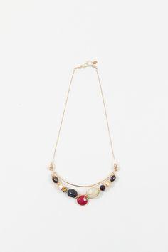 Collar Charms Gems | Basics Collar con barra de piedras tejidas con cadena chapeada.