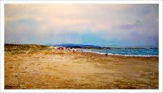 Cuadro en acuarela de una marina de una playa de Huelva pintada por Rubén de Luis. Se trata de una escena de verano realizada en acuarela.