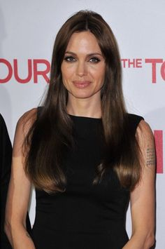 Angelina Jolies hairstyles for The Tourist