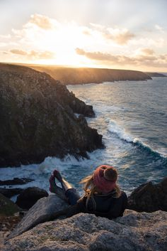 "ominousraincloud: "" Perfect Perch 
