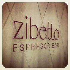 A sexy Italian espresso bar in Manhattan. Italian Espresso, Espresso Bar, Cheap Coffee Mugs, Sweet Coffee, Coffee Barista, Canteen, Coffee Machine, Java, Manhattan