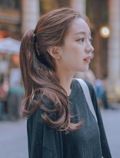 Hyuna Fashion, Girl Fashion, Ulzzang Korean Girl, Asia Girl, About Hair, Asian Beauty, Cool Hairstyles, Hair Makeup, Hair Color