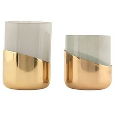 Decorate with these candlelights from House Doctor when the night falls. Delivered in a set of two, one large and one small. The matte glass radiates a beautiful light and is ideal when you want a cozy atmosphere. Take a look at the other colors and pick your favorites!